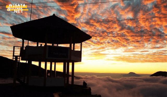 Gardu Pandang tieng - 10 Tempat Wisata di Dieng Paling Terkenal