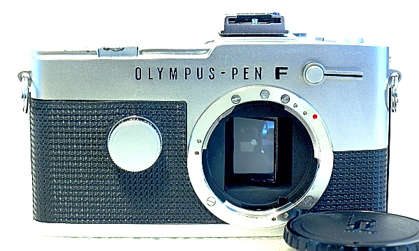Olympus Pen FT, Front