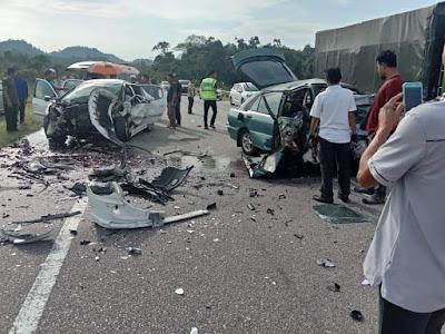 Berhati-hatilah semasa memandu kenderaan... Salam takziah kepada keluarga mangsa kemalangan di Kampung Sungai Ikan Kuala Nerus pagi tadi