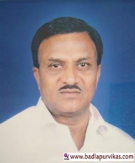 Shahapur (Badlapur Vikas Media): Kamalu Shirke, a businessman from Shenwa, a political, social sector in the taluka, died on Saturday morning of a severe heart attack. He was 64 at the time of his death. Ganpat Shirke, originally from Narayangaon, had settled in Shenwa for business reasons. As an agricultural officer, he has also worked in government for some years. Shirke, who left government service for some unavoidable reason, had stepped into the political arena. He had close relations with the office bearers of all political parties in the taluka. Meanwhile, an unfortunate incident of Ganpat Shirke has caused grief over the Shirke family and mourning has spread in the area. He is survived by his wife Alcabai, son Pramod, Nitin, Suna and grandchildren.