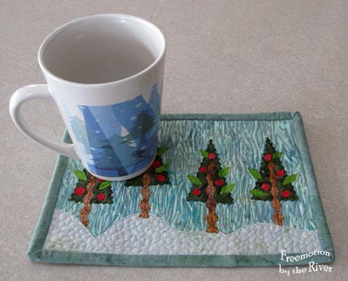 Winter Wonderland mug rug @Freemotion by the River