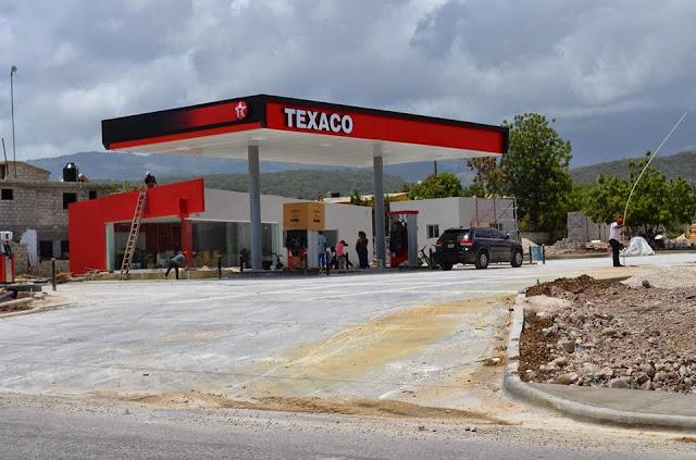 Hieren agente de seguridad en una estación de gasolinera en Barahona