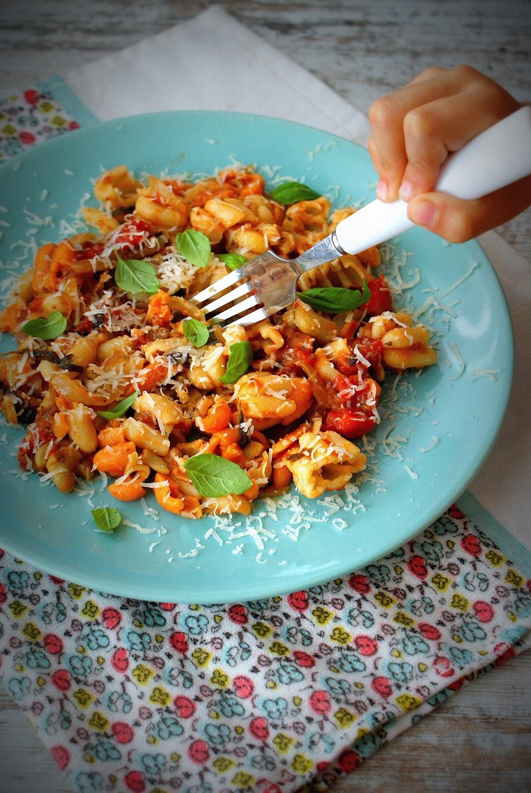 Z Kuchni Do Kuchni Fioretti Z Kawiorem Z Bakłażana W Pomidorach