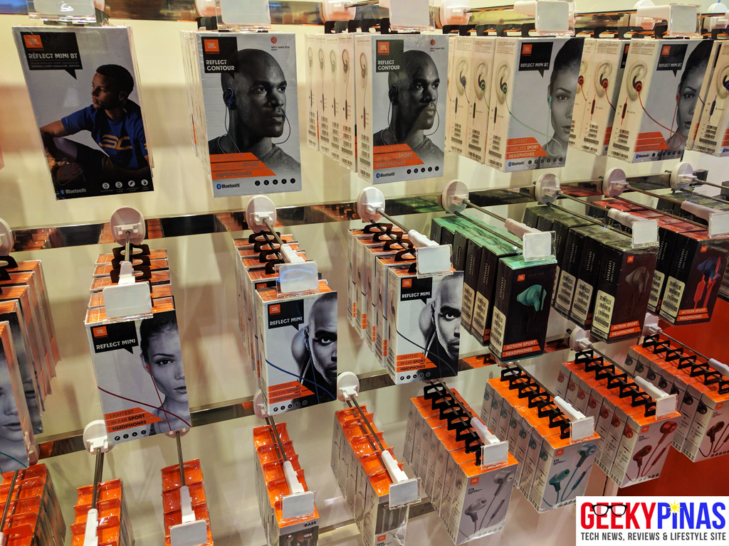 Festival Mall - JBL fitness earphones