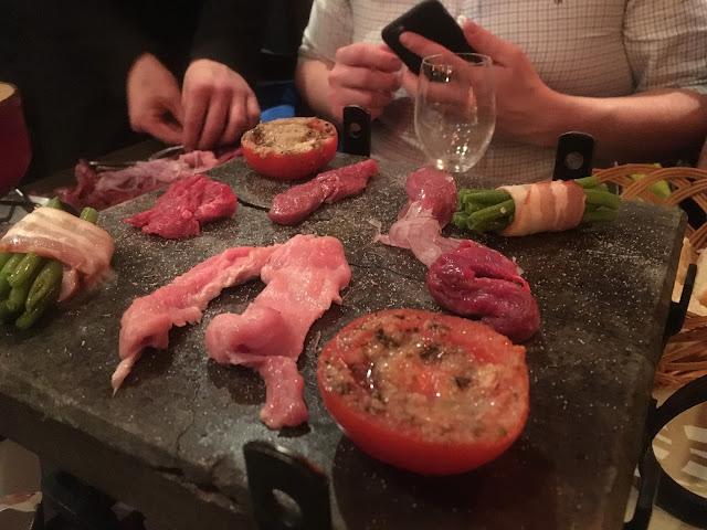 Hot rocks at L'Arlequin restaurant - Plagne Aime 2000