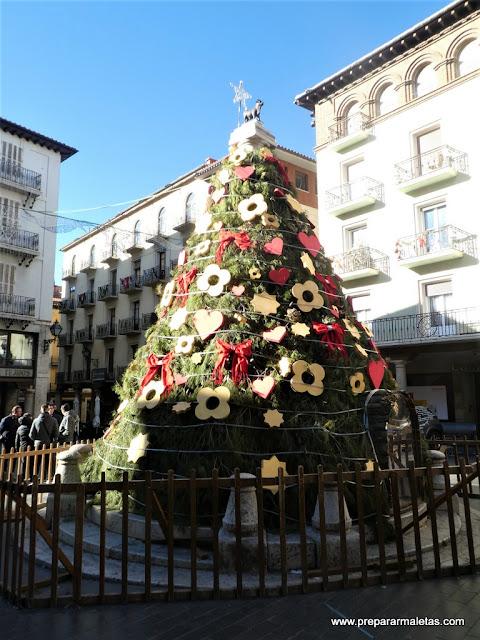la plaza del Torico de Teruel en Navidad