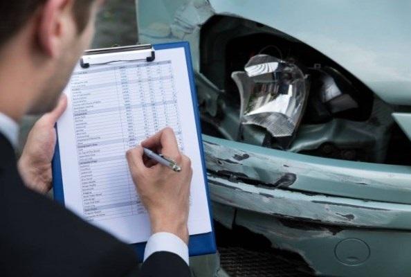 araba trafik kazası