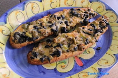 Carole's Chatter: Olive Cheese Bread