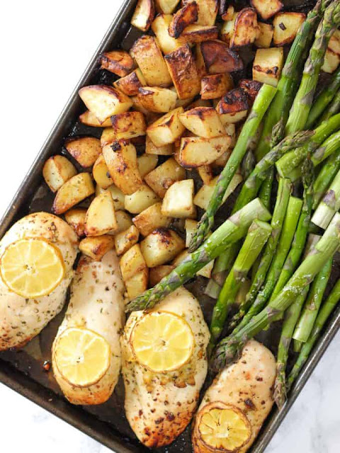 One Pan Lemon Asparagus Chicken