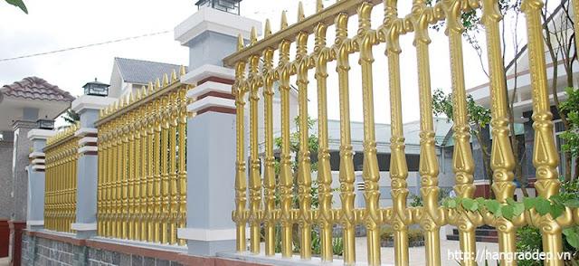 Hàng rào công Tước dành cho quán cafe