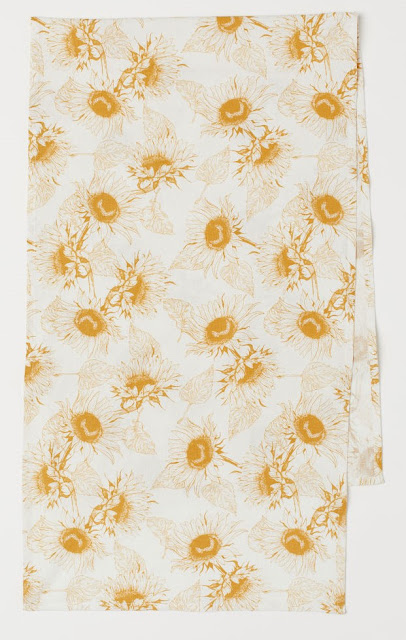 Golden Yellow Sunflower Table Runner