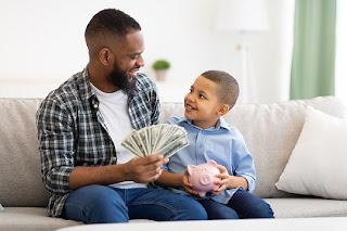 Por que você deve ensinar seus filhos a pouparem desde cedo?