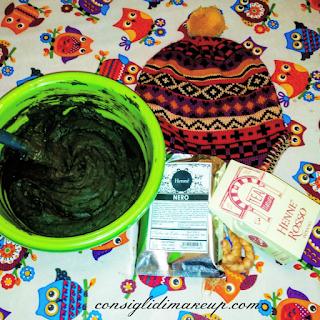 DIY Capelli nerissimi con le erbe tintorie papetta nero capello lana