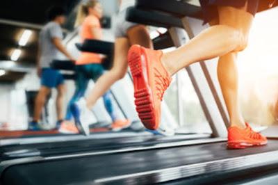7 Treadmill Workouts itu akan membuat Anda pelari yang lebih baik