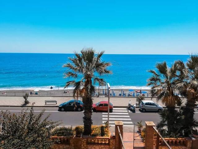 Il mare di Sant'Alessio Siculo