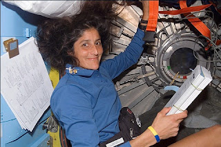 sunita williams in space station - photo #14