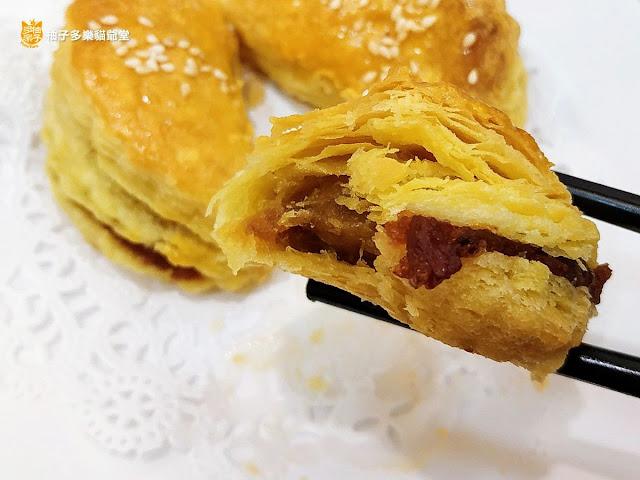 香港茶水攤-延吉店,蜜汁叉燒酥,斷面秀