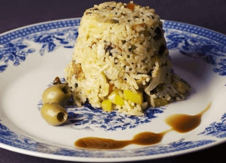 receita de arroz com passas e nozes