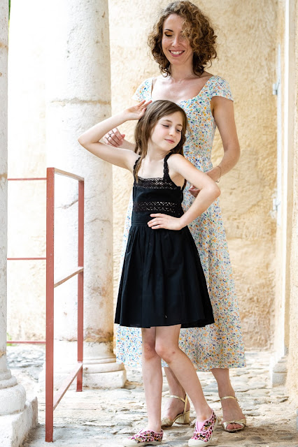 Elleanor de Provence robe enfant noire