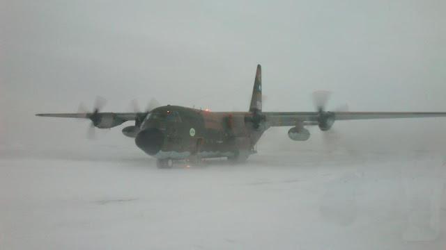 Resultado de imagen para Evacuación Antartica. Herido  a Marambio