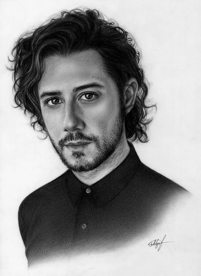 10-Hale-Appleman-The-Magicians-Таня-Мусатенко-www-designstack-co
