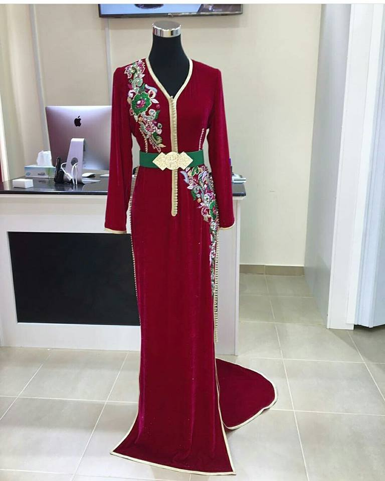 vente caftan 2018 sur mesure boutique en ligne caftan marocain de luxe 2018 boutique vente. Black Bedroom Furniture Sets. Home Design Ideas