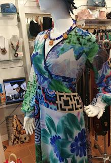 Vestiti donna a Firenze Borgo la Croce 18r