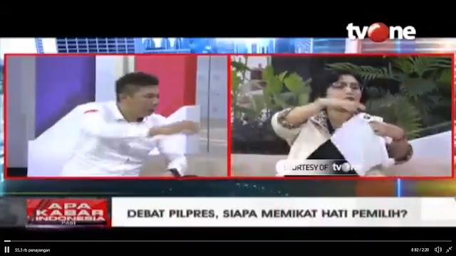 Debat Panas, Jubir Jokowi Rebut Kertas dari Timses Prabowo karena Anggap Sebar Hoax