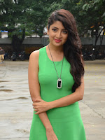 Poonam Kaur latest sizzling photos-cover-photo