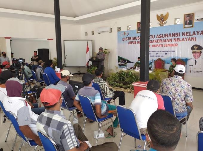 Masa Pandemi Covid , 5.578 Nelayan Jember Terima Jaminan BPJS Tenaga Kerja Program Pemkab Jember Secara Daring Dan Ruring