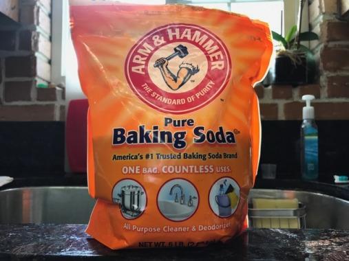 Sử dụng baking soda để trung hòa acid sau khi Peel