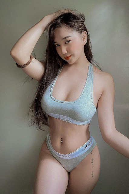 Hot and sexy photos of beautiful busty asian hottie chick Pinay booty freelance model Carla Nipal photo highlights on Pinays Finest sexy nude photo collection site.