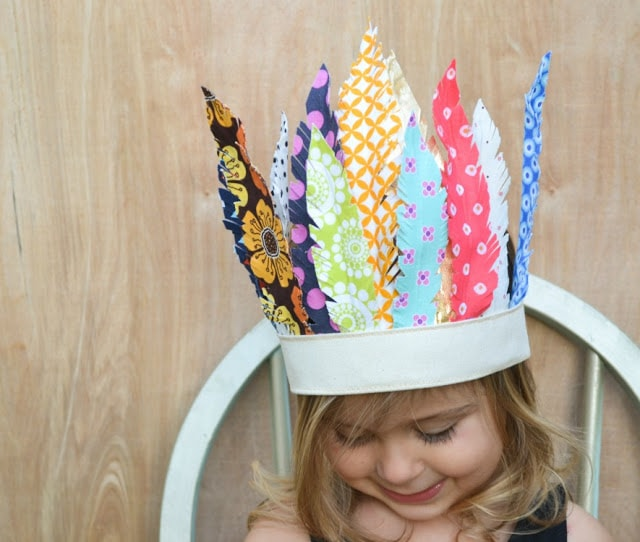 How to make a Bohemian style feather crown with fabric scraps