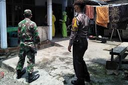 Babinsa Karangdowo Melaksanakan Pendampingan Tracking Swab