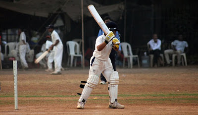आवडता छंद क्रिकेट खेळणे.maza avdata chand cricket