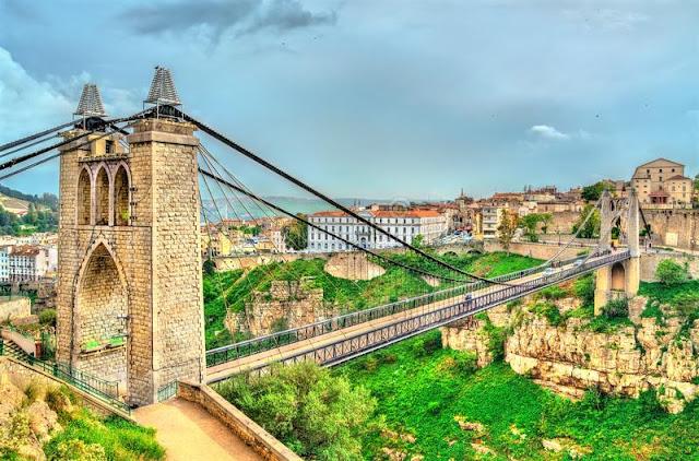 Sidi M'Cid . suspension bridge