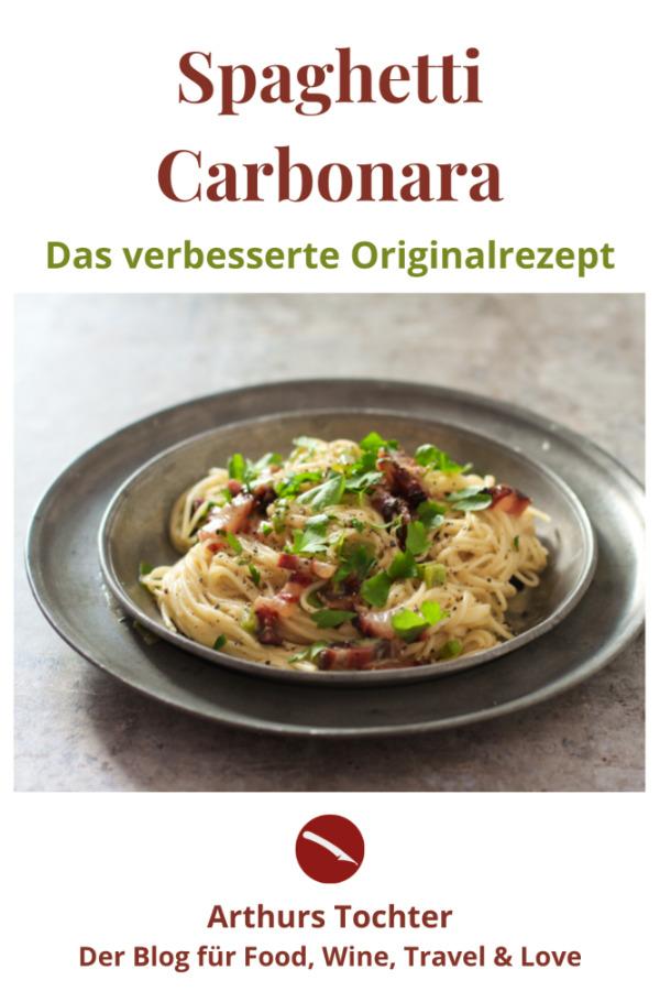 Das verbesserte Originalrezept für Spaghetti Carbonara, der Saucen-Klassiker aus Italien zu cremiger Pasta im berühmten Foodblog von Astrid Paul mit vielen Bildern #carbonara #soße #original #rezept #cremig #vegan #sahne #italienisch #vegetarische #thermomix #nudeln #ohne_ei #originale #speck #einfach #foodblog #guanciale #familie #schnell #eier #cremig #ofen #auflauf #jamie_oliver