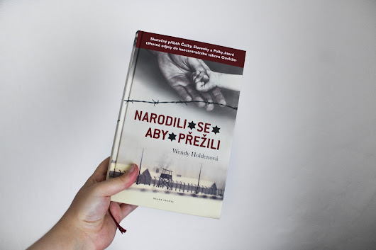 Reading with Lucy: Narodili se, aby přežili - Wendy Holden