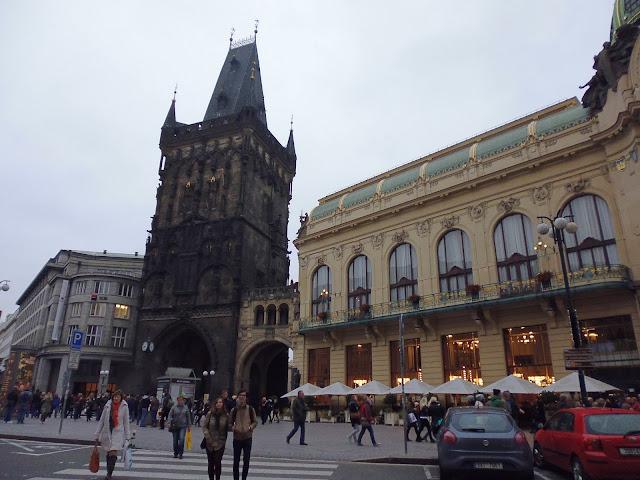 Torre de la Pólvora (Prašná brána) (Praga)