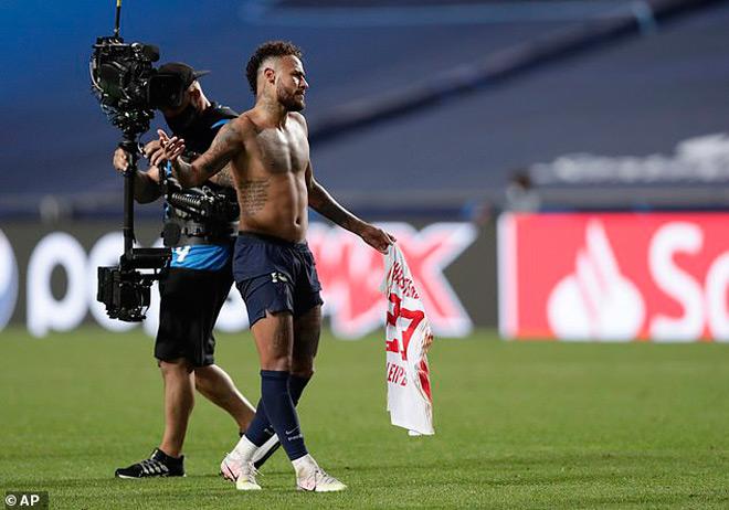 SỐC: Neymar đối mặt án phạt nặng của UEFA, PSG lo trước chung kết Cúp C1