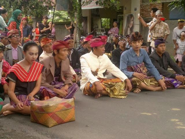 Memaos - Budaya tradisi adat Lombok NTB.jpg