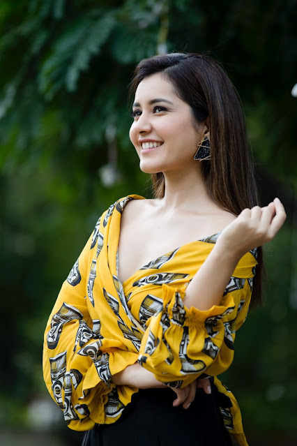 Raashi Khanna  INDIAN DESIGNER LEHENGA CHOLI PHOTO GALLERY   : IMAGES, GIF, ANIMATED GIF, WALLPAPER, STICKER FOR WHATSAPP & FACEBOOK #EDUCRATSWEB