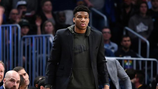 Estrella de la NBA pide perdón por los insultos a otros jugadores publicados en su Twitter y dice que su cuenta fue 'hackeada'