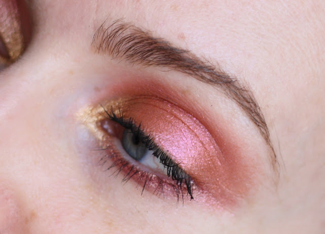maquillage-rose-et-or