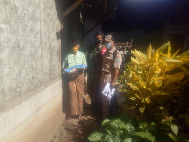 Babinsa Jajaran Kodim 0702/Purbalingga Berikan Bantuan Dan Obat Pada Masyarakat