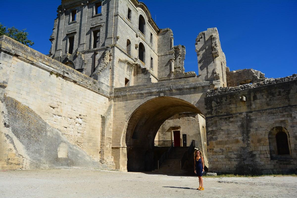 Les ruines du monastère de Saint-Maur Montmajour