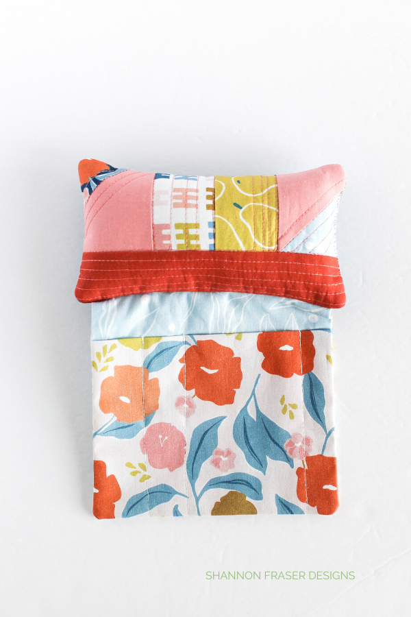 Harvest Falls version | Sit 'N Sew Pincushion Pattern | Shannon Fraser Designs #pincushion #digitalpattern #sewingnotions