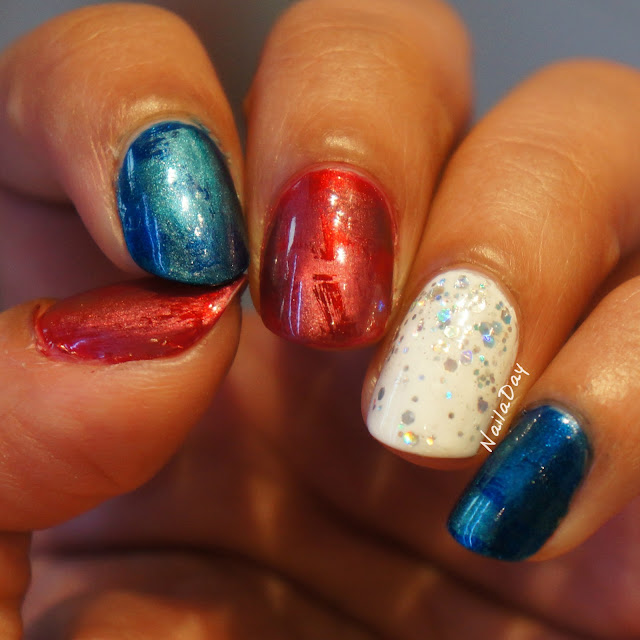 NailaDay: July 4th 2016 Magnetic Manicure