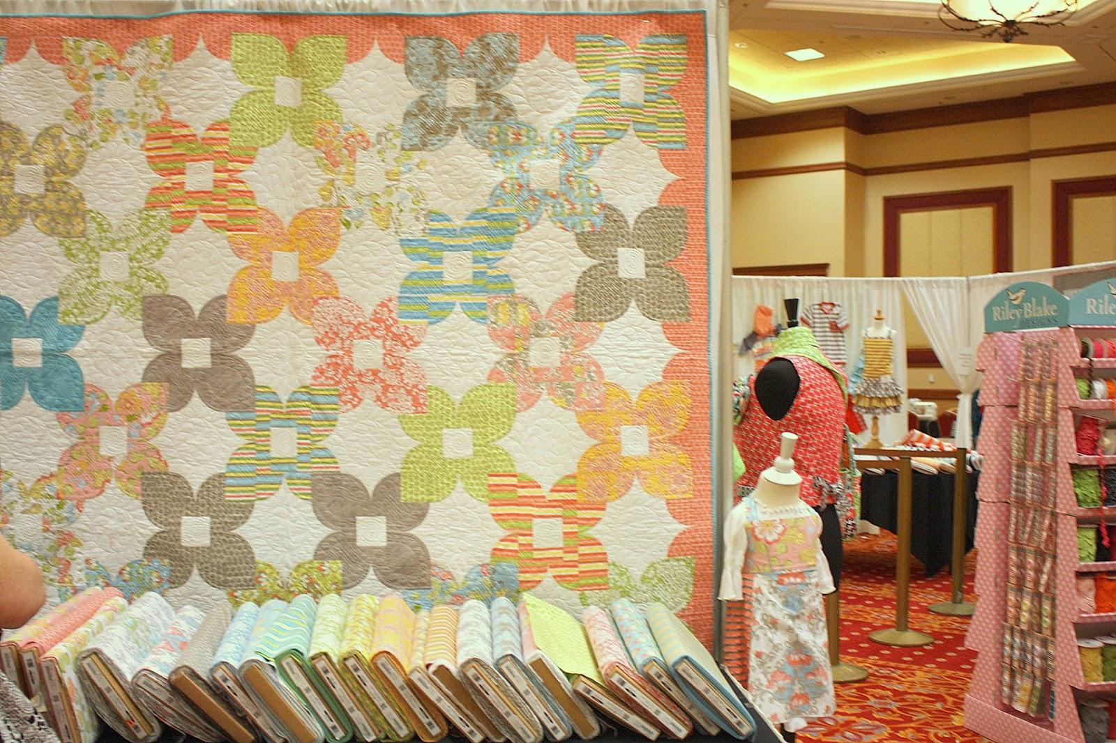All Kinds Of Fabric Y Fun Diary Of A Quilter A Quilt Blog