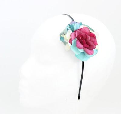 PV 2017 - Coleccion Turquesa Fucsia 03 Diadema Tocado flor
